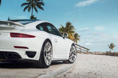 white-porsche-911-turbo-s-centerlock-991-forged-mesh-wheels-adv1-performance-rims-j