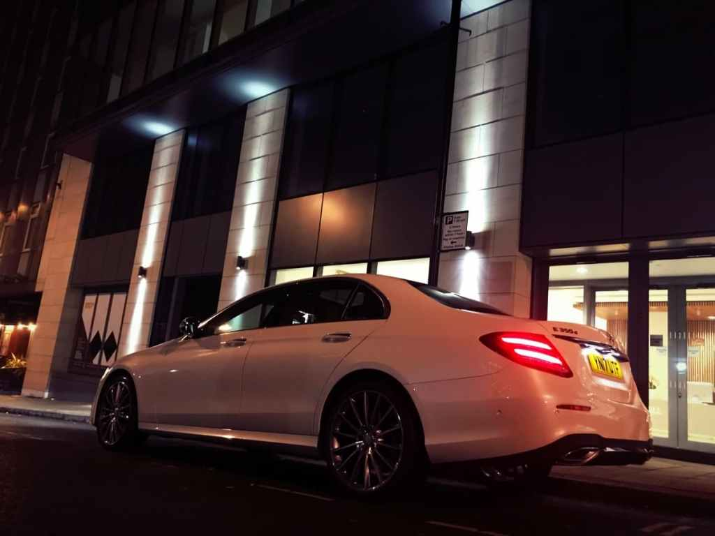 Mercedes-Benz-E-Class-Chauffeur-Hire-City-Pickup-Side