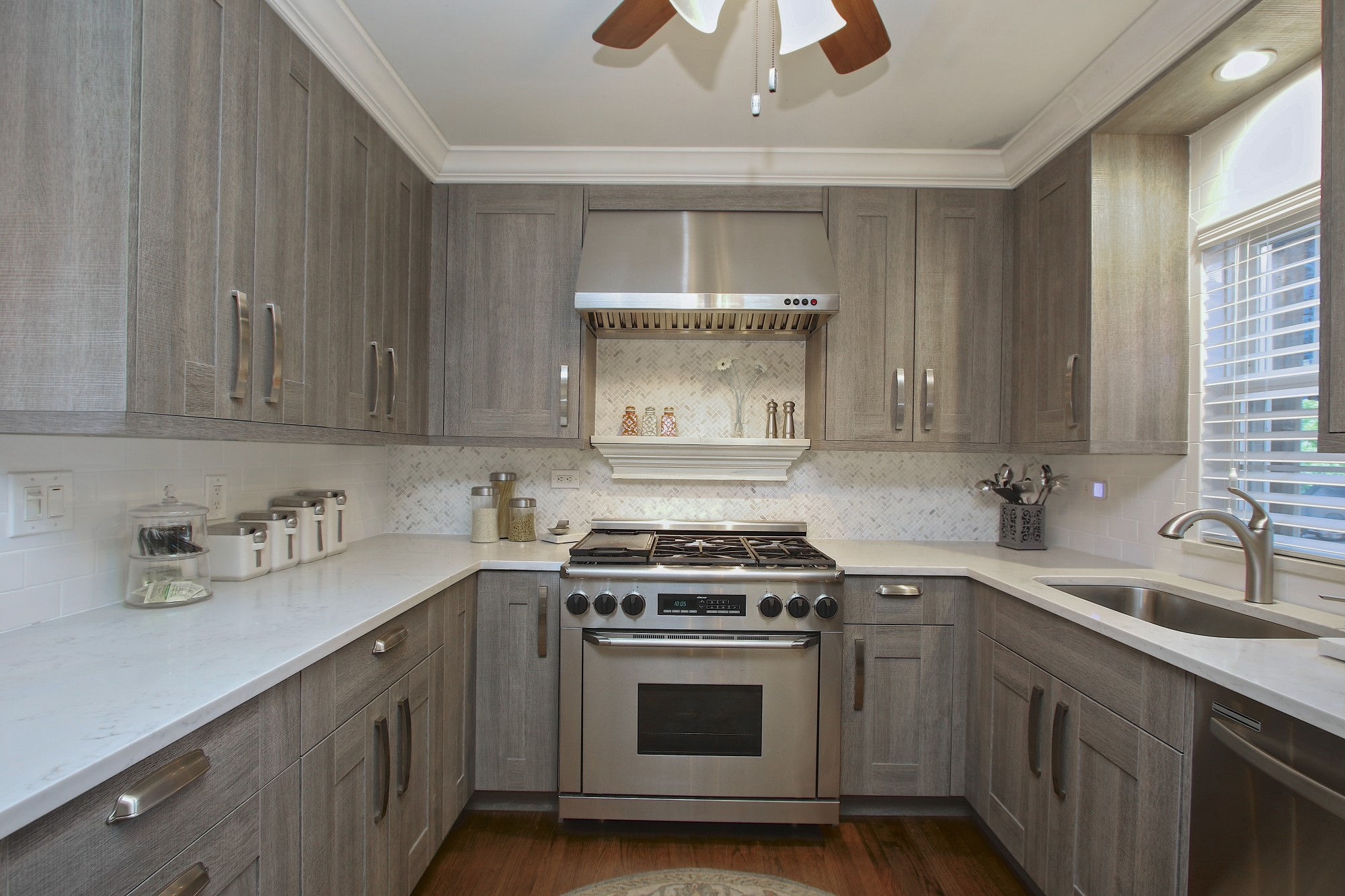 in stock kitchen cabinets reviews 27 inch sink melamine and bath photo slideshow