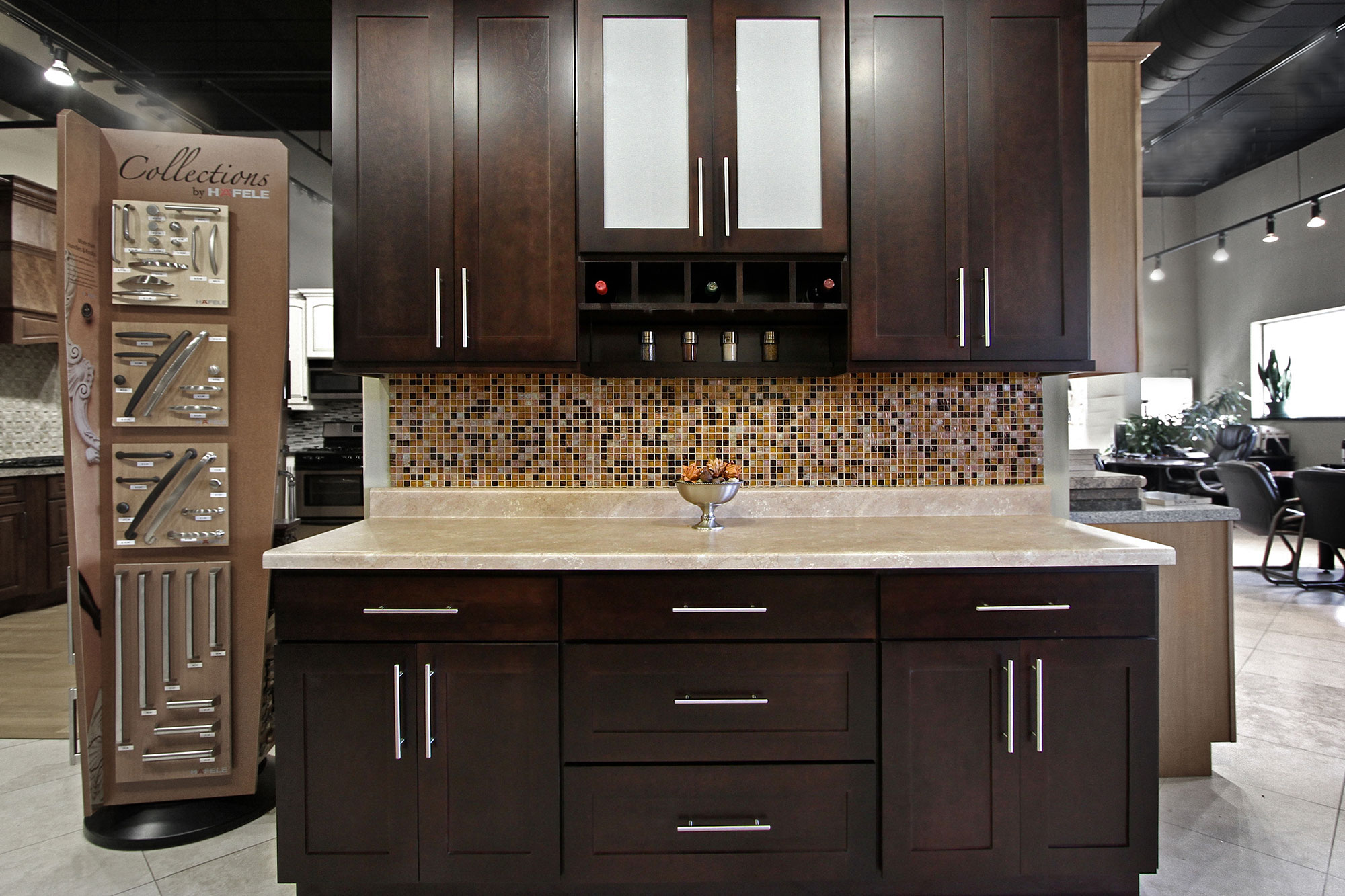 instock kitchen cabinets eat in tables shaker bath bathroom kichen stock