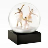 Snøkule Three Dancers