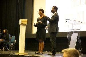 Les présentateurs: Jackie Mubedi et Edouard Ajinça