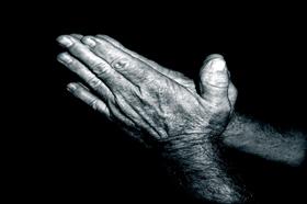 Ruke u molitvi