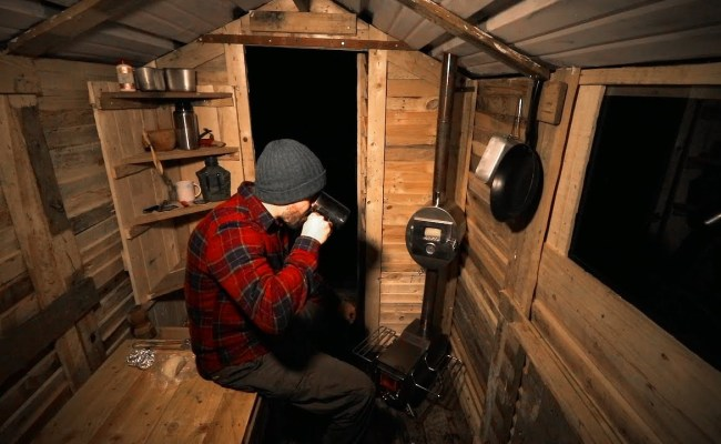 This Pallet Wood Cabin Takes Fort Building To A Cozy