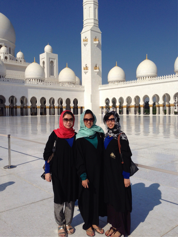 What to wear in Dubai Mosque