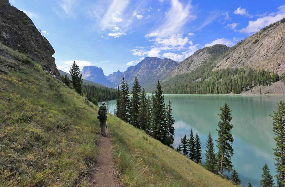 Trail along the eastern shore of the turquoise colored Green River Lakes.