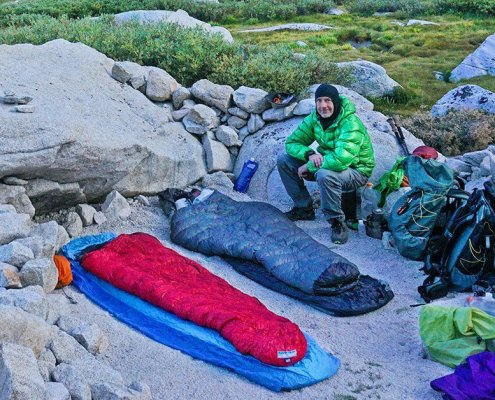 lightweight backpacking quilt - camp boy scout lake