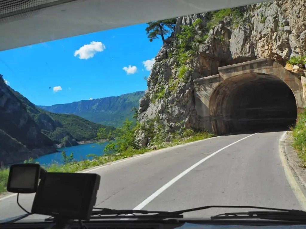 Europe-campervan-tunnel