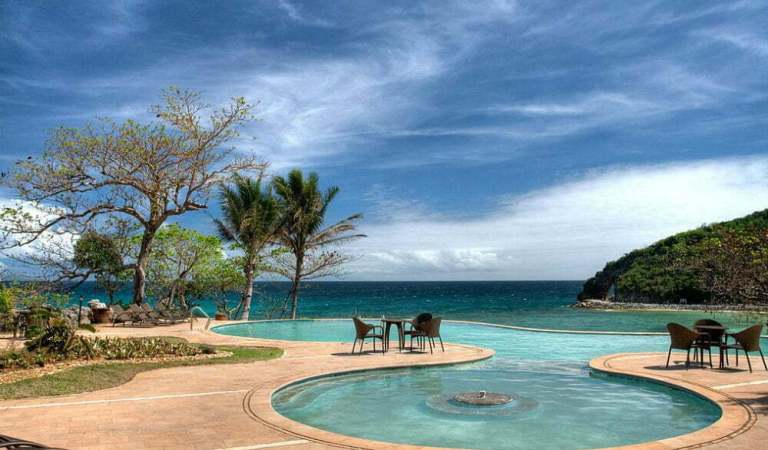 Beachfront Hotels in Boracay – the Best Resorts on White Beach, Diniwid, Secret Beaches, and More