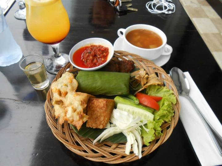 Eating some delicious food in Bogor Indonesia!