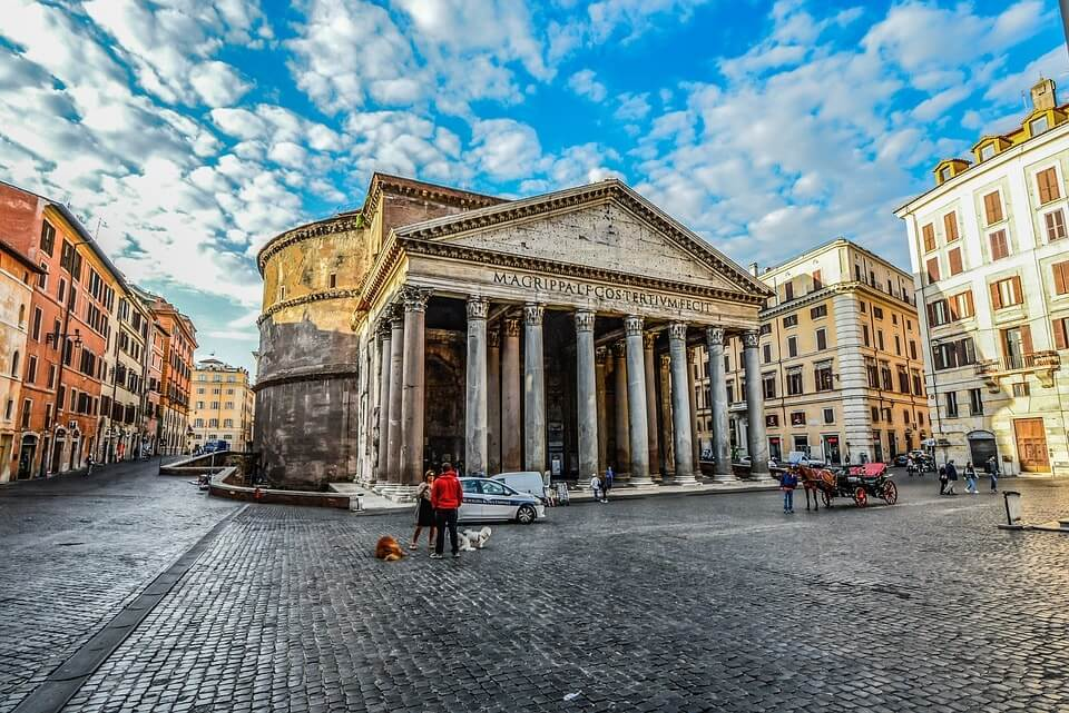 rome italy cobbled streets