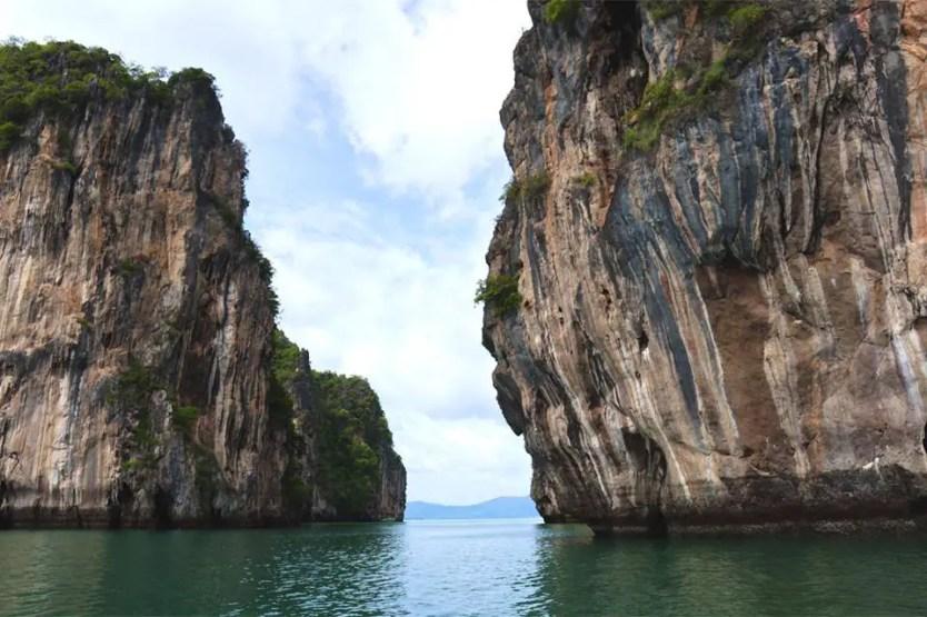 krabi limestone karsts
