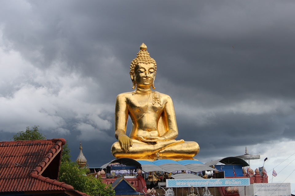 A big Buddha statue in the Golden Triangle