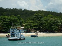 Koh-Samet-Island-Ferry-and-Landing-Craft