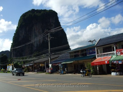 Krabi-Limestone-Mountain