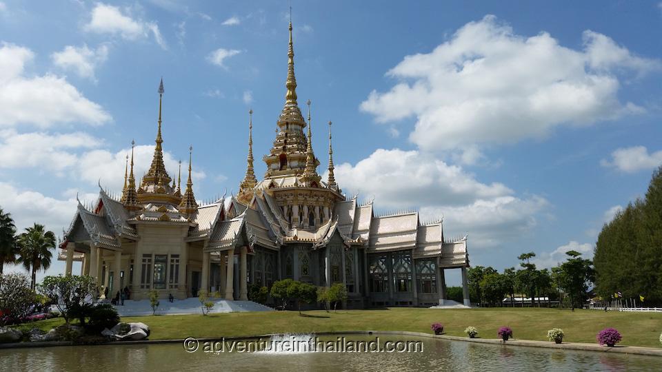Wat Luang Phor Toh in Nakhon Ratchasima