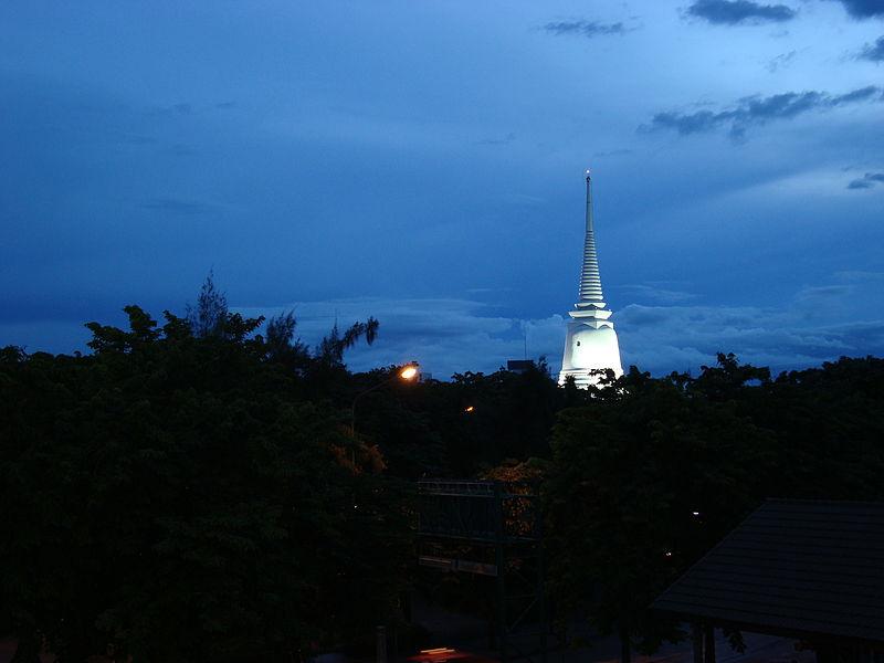Wat-Prayoon-Bangkok