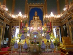 Wat-Ratchabophit-Bangkok-Inside-Ubosot-Shrine