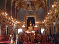 Wat-Ratchabophit-Bangkok-Inside-Ubosot-Shrine2