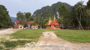 Wat-Tam-Pan-Turat-Khao-Sok-Temple-buildings