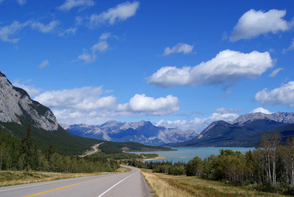 Mountain views along the David Thompson highway in Alberta.