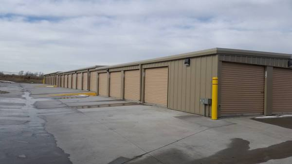 Adventureland Drive Self Storage in Altoona IA