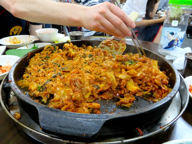 what to eat in south korea seoul dak galbi