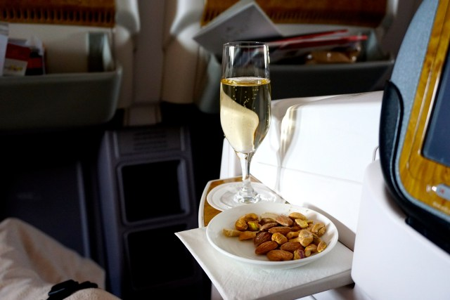 business-class-emirates-boeing777