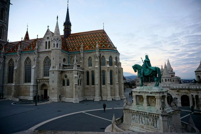 is the budapest card worth it buda matthais church
