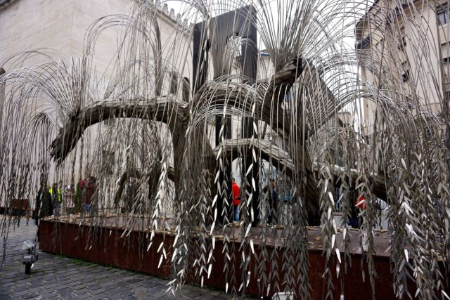 is-the-budapest-card-worth-it-metal-tree-synagogue