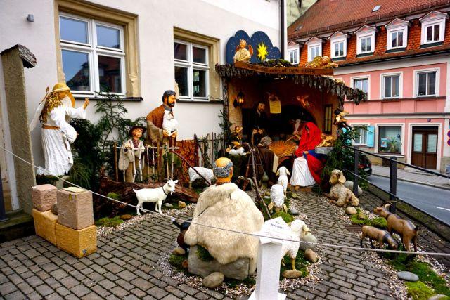 nativity-scene-bamberg-outdoors