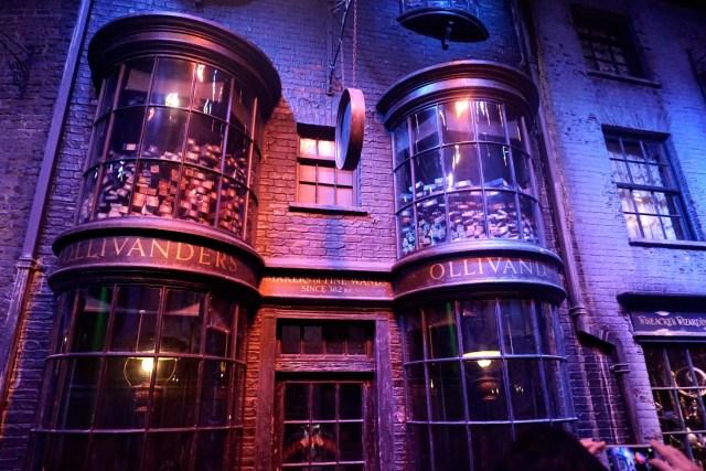 harry potter studios london diagon alley olivanders