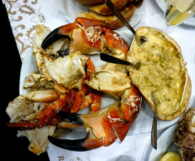 what to eat in portugal lisbon porto hairy crab