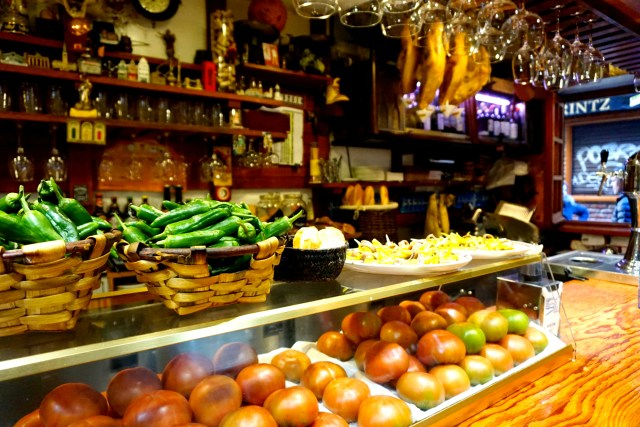 where to eat in san sebastian bar nestor