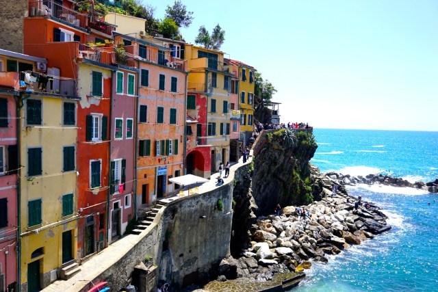 what to do in cinque terre Riomaggiore