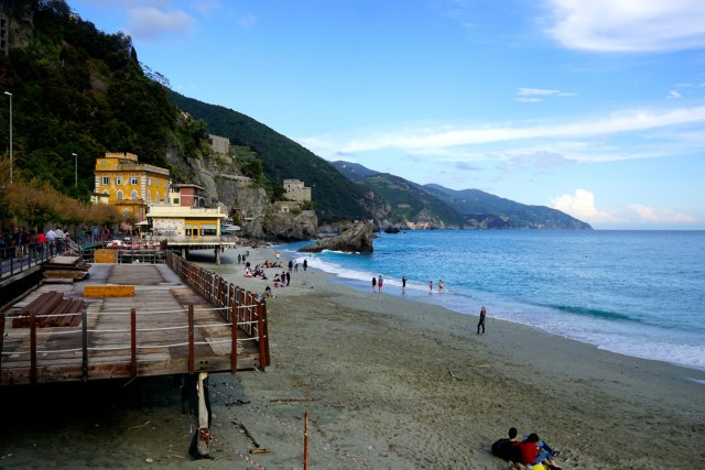 what to do in cinque terre monterosso