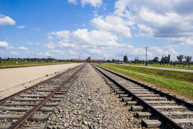 how to visit auschwitz without a tour from krakow