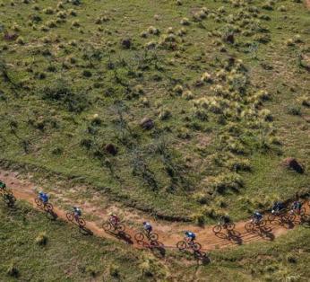ciclistas-cuesta-FabioPiva
