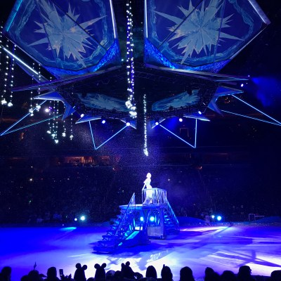 In Love with Disney on Ice presents Frozen
