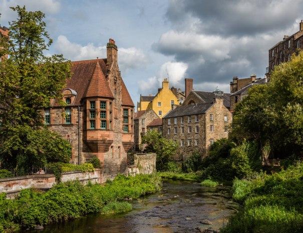 Edinburgh Dean Village (©Leading Lines)