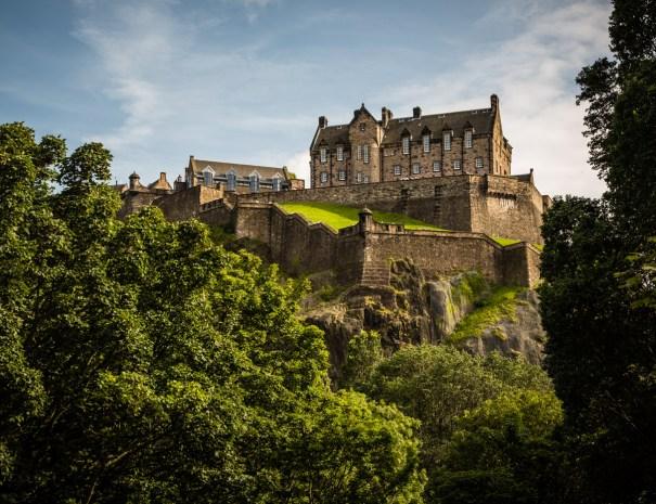 Edinburgh castle with Adventures Scotland