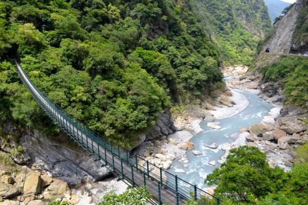 Hiking the Taroko Gorge