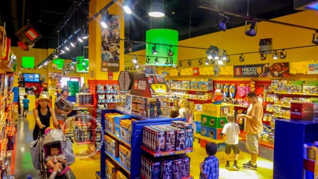 Building a Fun Day at LEGOLAND Discovery Center Westchester ...