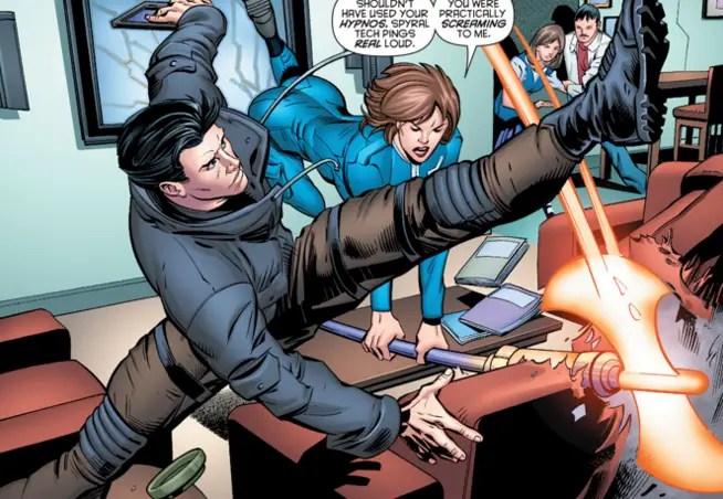 batman-and-robin-eternal-5-grayson-desk