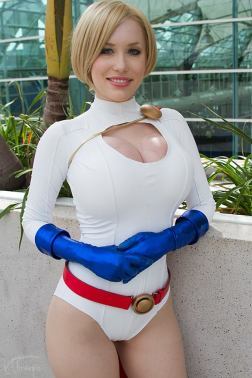 power-girl-crystal-graziano-9