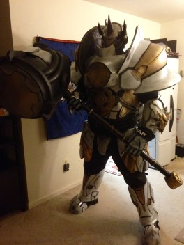 reinhardt-cosplay-by-thatgearsguy-5