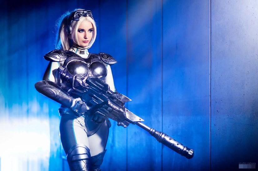 starcraft-ghost-cosplay-by-calypsen