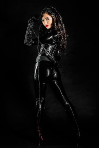 catwoman-cosplay-jade-kim-8