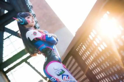 overwatch-d-va-cosplay-by-emily-mio-5