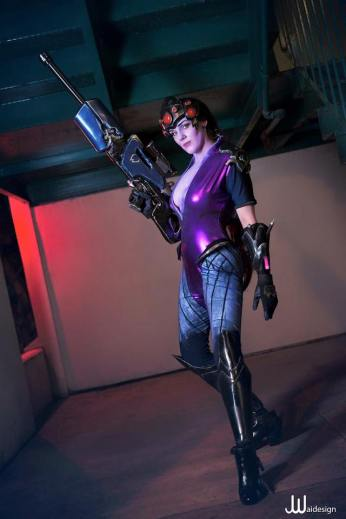overwatch-widowmaker-cosplay-by-reilena-12